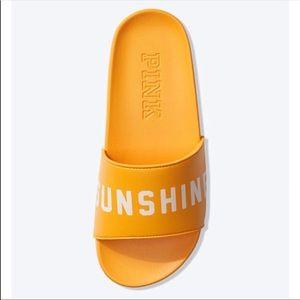 Victoria's Secret PINK Sunshine Slide Large 9/10